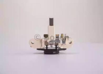 1197311238 BOSCH Регулятор генератора -1