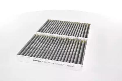1987432438 BOSCH Фільтр салона (вугільний) DB W221 05-> S320-600